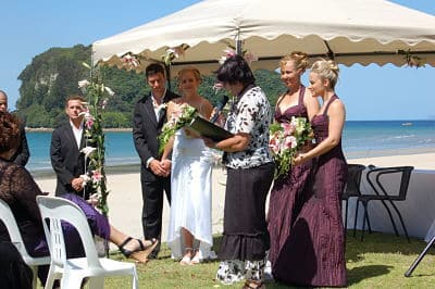 wedding-ceremony-on-beach-whangamata
